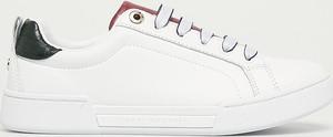Buty sportowe Tommy Hilfiger z płaską podeszwą w sportowym stylu sznurowane