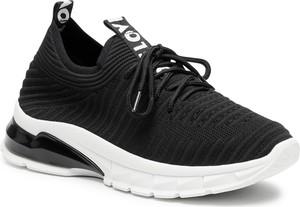 Czarne buty sportowe DeeZee sznurowane