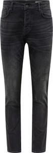 Czarne jeansy Review