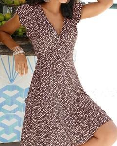 Sukienka Kendallme z dekoltem w kształcie litery v kopertowa w stylu casual