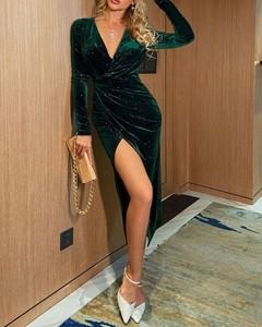 Sukienka Kendallme z dekoltem w kształcie litery v z długim rękawem maxi