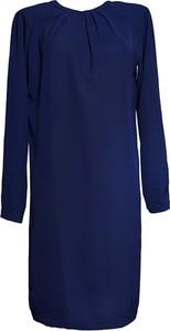 Niebieska sukienka TOVA z okrągłym dekoltem oversize