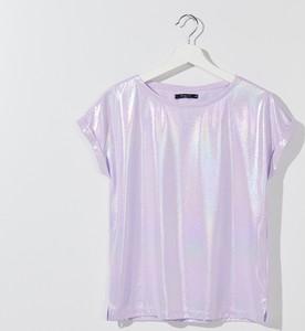 Różowy t-shirt Mohito z dekoltem w kształcie litery v