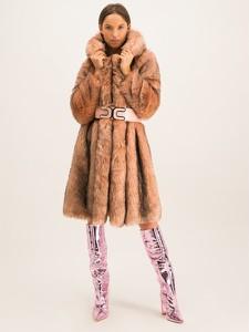 Różowy płaszcz Elisabetta Franchi