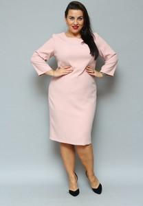 Różowa sukienka KARKO midi z długim rękawem