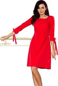 Czerwona sukienka NUMOCO trapezowa z okrągłym dekoltem mini