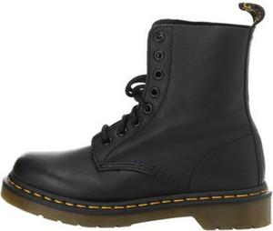 Czarne buty zimowe Dr. Martens ze skóry sznurowane