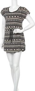 Sukienka Roxy z okrągłym dekoltem z krótkim rękawem mini