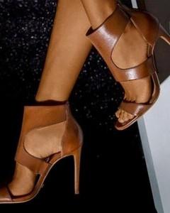 Brązowe sandały Kendallme na wysokim obcasie na szpilce