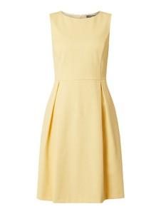 Żółta sukienka Montego mini rozkloszowana bez rękawów