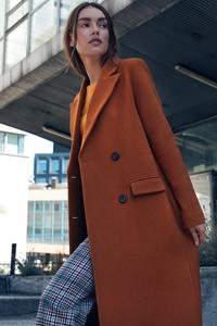 Pomarańczowy płaszcz Merg