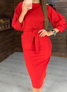 Czerwona sukienka Cikelly midi w stylu casual z golfem