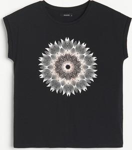 Czarny t-shirt Reserved z bawełny z krótkim rękawem