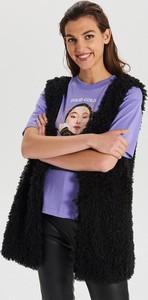 Czarna kamizelka Cropp w młodzieżowym stylu
