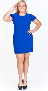 Niebieska sukienka Fokus z krótkim rękawem z okrągłym dekoltem