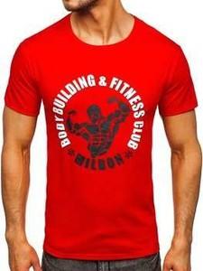 Czerwony t-shirt Denley w młodzieżowym stylu z krótkim rękawem