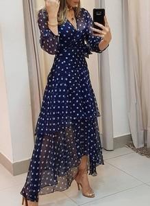 Niebieska sukienka Cikelly z dekoltem w kształcie litery v z długim rękawem z szyfonu