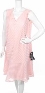 Sukienka Avenue z dekoltem w kształcie litery v bez rękawów