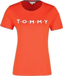 Pomarańczowy t-shirt Tommy Hilfiger z krótkim rękawem w młodzieżowym stylu z okrągłym dekoltem
