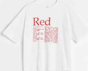 T-shirt Reserved z bawełny z okrągłym dekoltem w młodzieżowym stylu