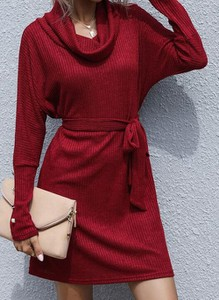 Czerwona sukienka Cikelly mini w stylu casual z długim rękawem