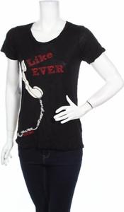 Bluzka Taylor Swift w młodzieżowym stylu