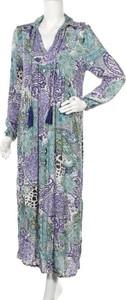 Sukienka Indiska z dekoltem w kształcie litery v z długim rękawem
