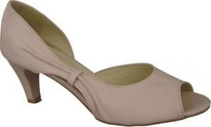 Sandały Jankobut w stylu klasycznym na obcasie