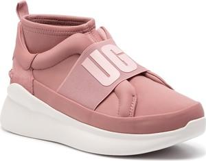 Sneakersy UGG Australia na koturnie z zamszu