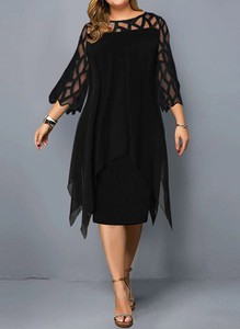 Czarna sukienka Arilook dopasowana midi
