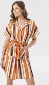 Pomarańczowa sukienka born2be koszulowa mini