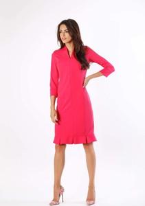 Różowa sukienka Nommo ołówkowa