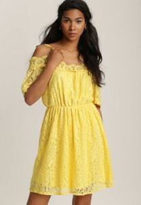 Żółta sukienka Renee na ramiączkach mini z dekoltem w kształcie litery v