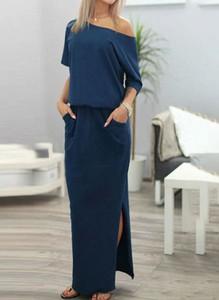 Granatowa sukienka Arilook hiszpanka z dresówki