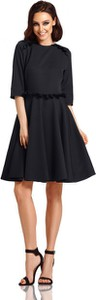 Czarna sukienka Lemoniade z okrągłym dekoltem z długim rękawem mini