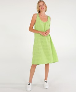 Sukienka Unisono na ramiączkach midi