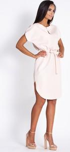 Sukienka Dursi z okrągłym dekoltem z krótkim rękawem