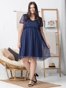 Sukienka KARKO z szyfonu dla puszystych z krótkim rękawem