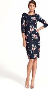 Sukienka Nife dopasowana z długim rękawem midi