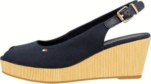 Sandały Tommy Hilfiger ze skóry w młodzieżowym stylu