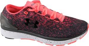 Czerwone buty sportowe Under Armour w sportowym stylu sznurowane