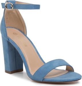 Niebieskie sandały DeeZee na wysokim obcasie