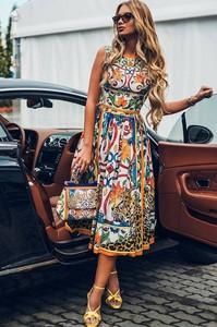 9c3bde6f9c1d76 Sukienka Ivet.pl z okrągłym dekoltem w stylu casual