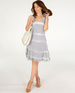 Sukienka Unisono z okrągłym dekoltem w stylu casual na ramiączkach