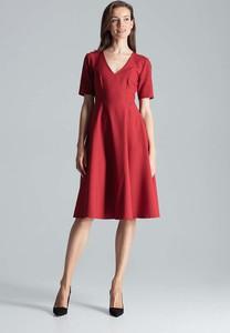 Czerwona sukienka Figl rozkloszowana