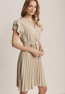 Sukienka Renee w stylu casual z krótkim rękawem
