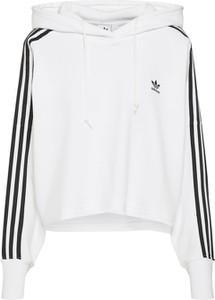 Bluza Adidas Originals w młodzieżowym stylu z dresówki