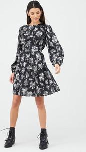 Sukienka V by Very z okrągłym dekoltem z długim rękawem w stylu casual