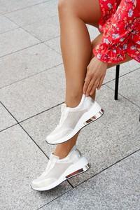 Buty sportowe Saway w młodzieżowym stylu