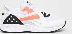 Sneakersy Reebok Classic sznurowane z płaską podeszwą